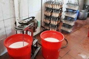 Quận Nam Từ Liêm – Tp. Hà Nội: Kinh hoàng cơ sở sản xuất kem bẩn, cơ quan chức năng ở đâu?