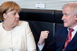 'Đấu trường' chính sách nhập cư Đức: Merkel vs. CSU
