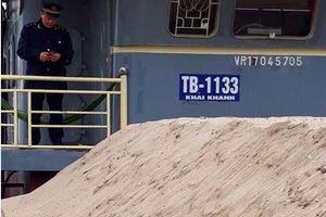 Hải quan Quảng Ninh lại bắt cát xây dựng