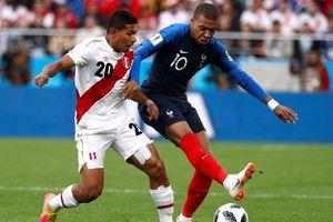 Mbappe tỏa sáng tiễn Peru rời World Cup