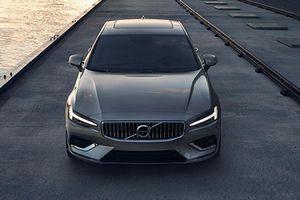Volvo S60 2019 chính thức ra mắt, giá từ 923 triệu đồng