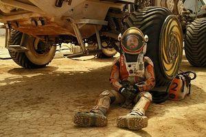 Người chơi đàn trên trạm vũ trụ ISS nói về giấc mơ đến sao Hỏa