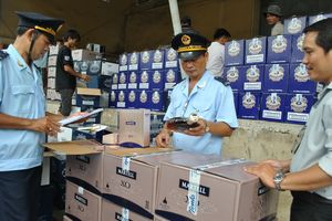 Hà Nội: Thu gần 1.300 tỷ đồng từ công tác chống buôn lậu, gian lận thương mại
