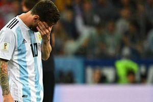 'Những lời chỉ trích đã khiến Messi bật khóc'