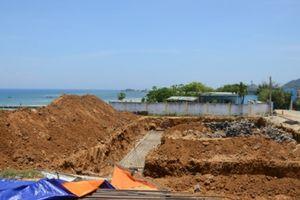 Lãnh đạo huyện Lý Sơn (Quảng Ngãi): Cấp phép đầu tư trên… trận địa pháo