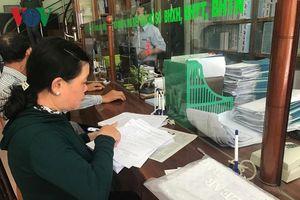 Trả sổ BHXH cho người lao động: Nhiều người sợ mất sổ