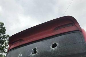 Quảng Ninh: PC45 lập án điều tra vụ xe khách liên tiếp bị côn đồ đập phá