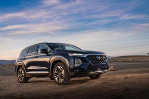 Hyundai Santa Fe 2019 đã có giá chính thức, khởi điểm 593 triệu đồng