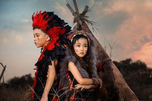 Bộ ảnh chất lừ của 02 thổ dân nhí siêu đáng yêu!