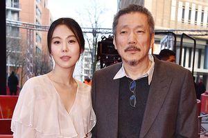 Đạo diễn Hong Sang Soo và tình trẻ Kim Min Hee được mời chấm giải Oscar
