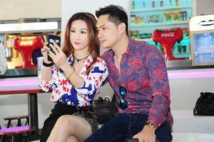 Minh Luân bức xúc vì phim 'Lộ mặt' bị lén livestream trên mạng xã hội