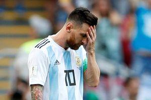 Messi thất vọng trong ngày Argentina bị loại khỏi World Cup