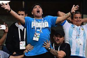 Giải cứu đội bóng Thái Lan và Maradona phát cuồng vào top ảnh tuần