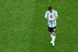Nhìn Messi thất bại tại World Cup, Maradona đã hài lòng?
