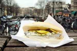 9 món ăn nhất định phải thử khi du lịch trên đường phố Amsterdam, Hà Lan