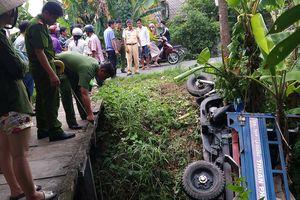 Ô tô tải tông xe ba gác lọt xuống kênh, một người nguy kịch