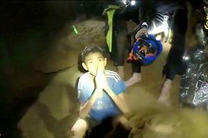 Bên trong hang tối nơi đội bóng nhí Thái Lan mắc kẹt