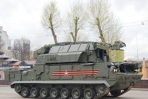Nga xuất trận tên lửa Tor -2M đánh bại đợt tấn công căn cứ tại Syria