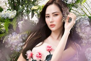 Hoa hậu Diệu Linh đẹp 'thần sầu' giữa rừng hoa