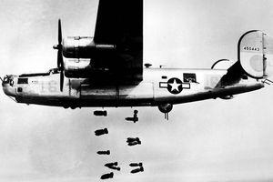 10 máy bay quân sự 'thần chết' trên không