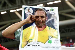 Cổ động viên không cầm nổi nước mắt trước thất bại của Brazil