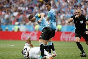 Tin nhanh World Cup: Sao trẻ Mbappe bị tố học Neymar thói 'ăn vạ'