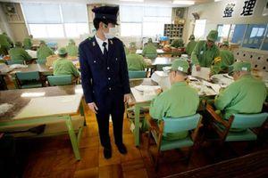 Cuộc sống trong ngục của tù nhân Nhật Bản diễn ra như thế nào