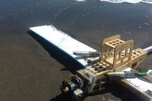 Phòng không Hmeymim bắn hạ hàng loạt, bất ngờ khi mổ UAV