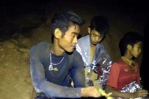 Cuộc đời buồn của huấn luyện viên đội bóng nhí Thái Lan