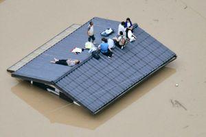 Ảnh, video: Mưa lũ lịch sử ở Nhật Bản, hàng chục người chết và mất tích