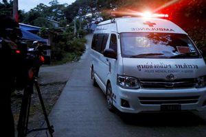 8 thành viên đội bóng Thái Lan đã ra khỏi hang Tham Luang