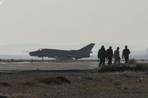Chiến sự Syria: Căn cứ T4 bị tên lửa và máy bay lạ tấn công