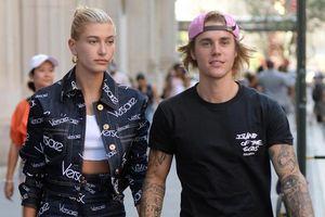 Không gì là không thể: Justin Bieber đính hôn cùng Hailey Baldwin chỉ sau một tháng tái hợp