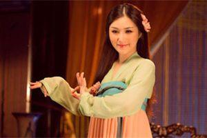 Hương Tràm vươn lên dẫn đầu bảng xếp hạng, Hoa Vinh theo sát quán quân
