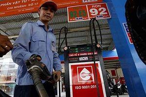 Bộ Công thương: Tăng thuế môi trường xăng dầu nên từ từ