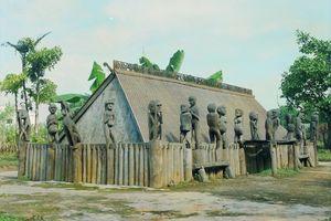 Nhà mồ Ba Na - những giá trị văn hóa