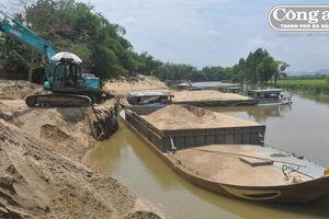 Từ ngày 1-7, Quảng Nam thực hiện chính sách quản lý khai thác khoáng sản mới: Có bị doanh nghiệp lợi dụng ?