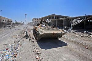 Syria: Tổn thất nặng vì bị đánh úp bất ngờ, quân Assad phẫn nộ trút đòn trả thù