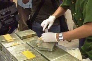 Triệt phá đường dây ma túy 'khủng' thu gần 180 bánh heroin
