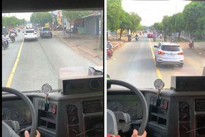 Xử phạt tài xế ô tô cản trở xe cứu hỏa