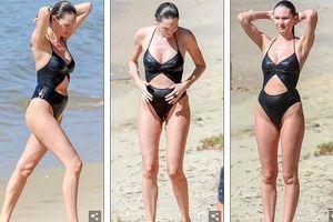 Mặc bị chê bai sồ sề, Candice Swanepoel vẫn tự tin thả dáng với bikini