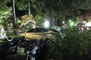Đắk Nông: Xe con lao vào quán cà phê, cán 2 nữ sinh tử vong tại chỗ