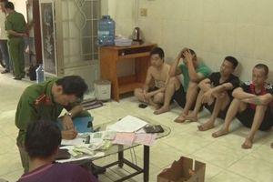 Tiền Giang bắt nhóm cho vay nặng lãi