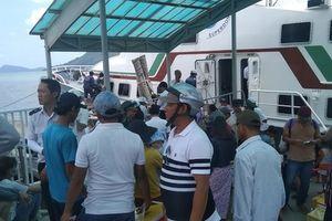 Tàu cao tốc tạm ngưng hoạt động, hàng ngàn khách kẹt lại Phú Quốc