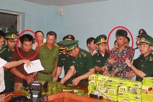 Bắt 3 người Lào vận chuyển 52 bánh heroin và 25kg ma túy đá
