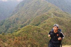 Ngưỡng mộ chàng trai 9x Hà Tĩnh xuyên Việt vừa đi vừa làm
