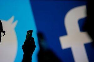 Facebook, YouTube và Twitter bị cáo buộc thiên vị nội dung chính trị