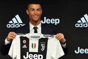 Trong 1 ngày, Juve bán hơn 500.000 áo thi đấu mang tên Ronaldo
