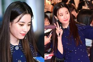 Mưa gió chẳng cản bước chân, Han Hyo Joo xứng danh 'hoa hậu thân thiện' khi hết lòng vì fans