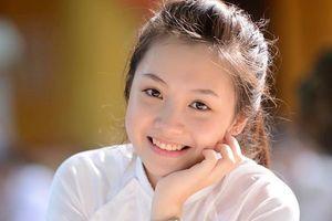 4 nữ sinh Phan Đình Phùng 'gây thương nhớ' trong tà áo dài trắng